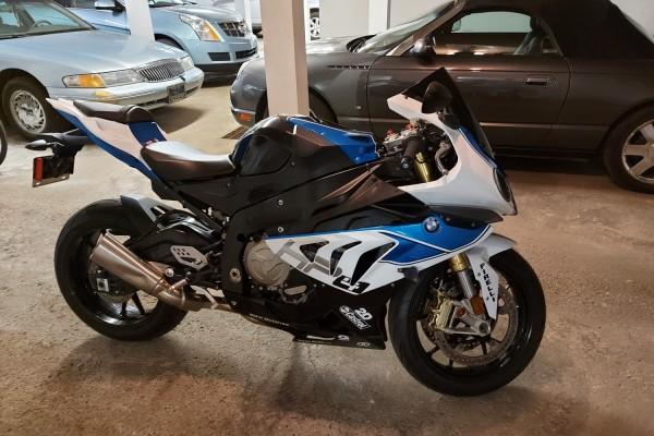Motorcycle BMW BMWS1000RR